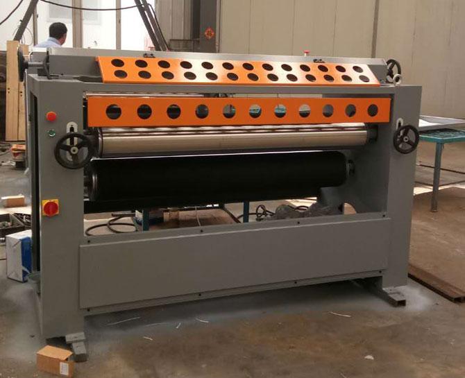 MT6115單面涂膠機
